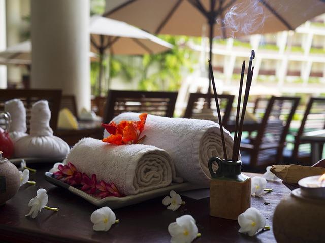 massage-therapy-1731456_640